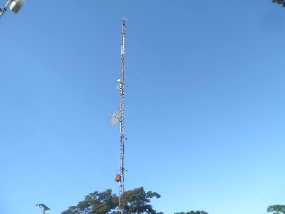 TORRE DE RADIO FM