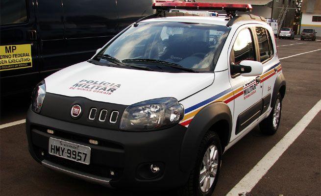 CARRO DE POLICIA01