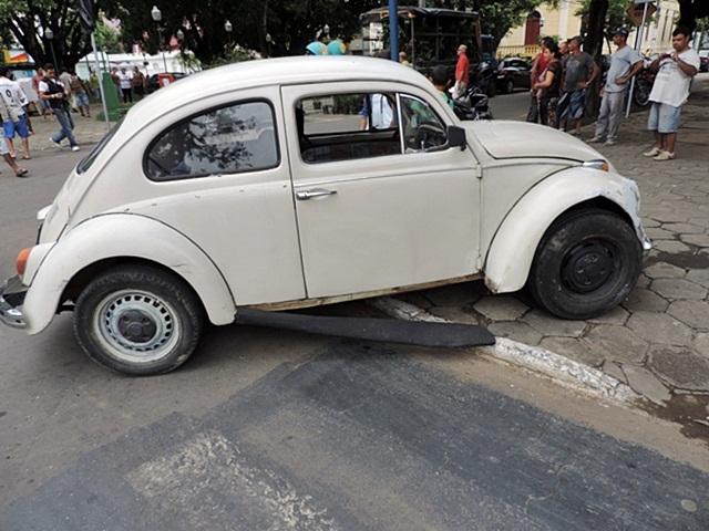 acidente praça pref01