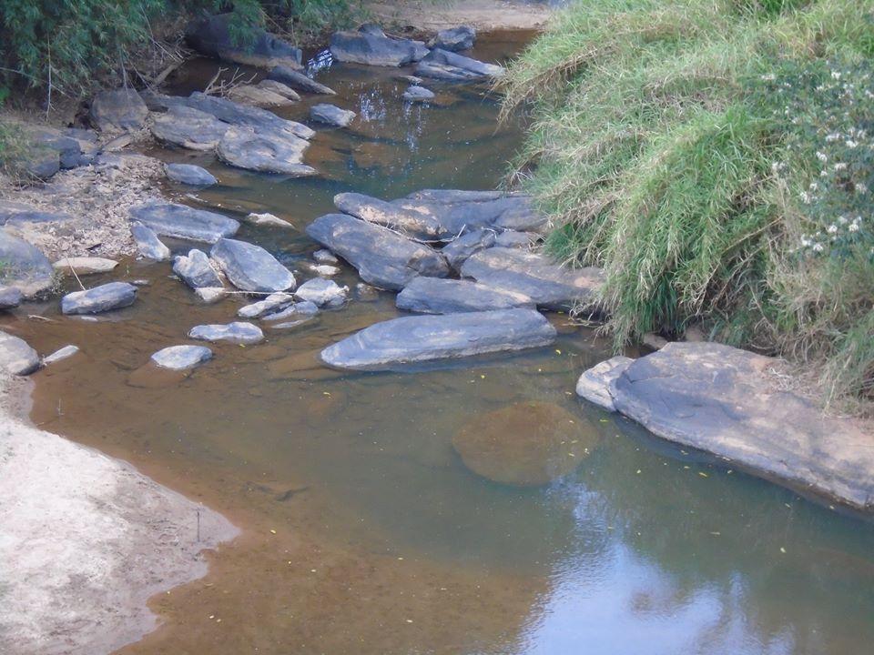 agua nas pedras21g