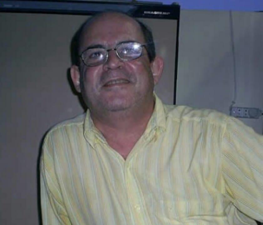 DR CARLOS