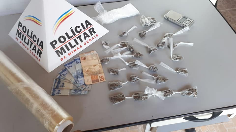 MULHER DROGAS