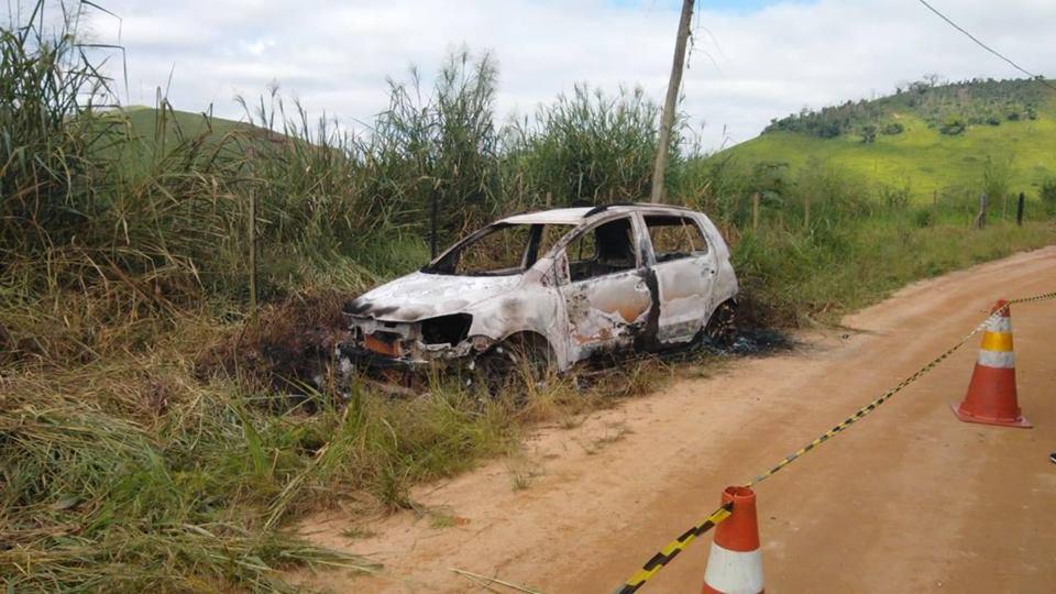 carro queimado itamuri.j6